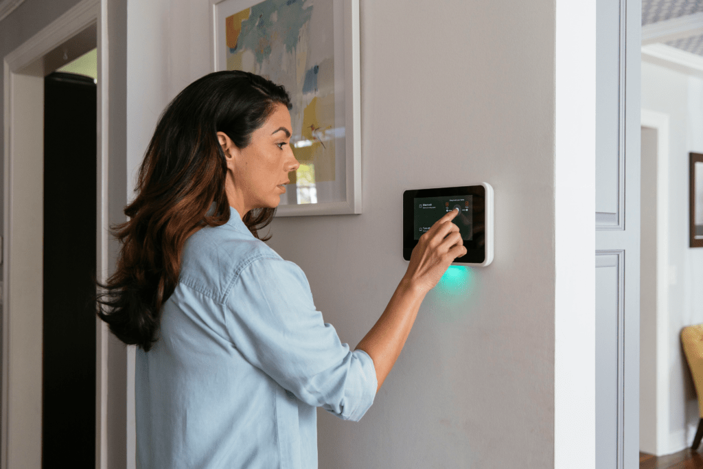 Vivint smart home household connection